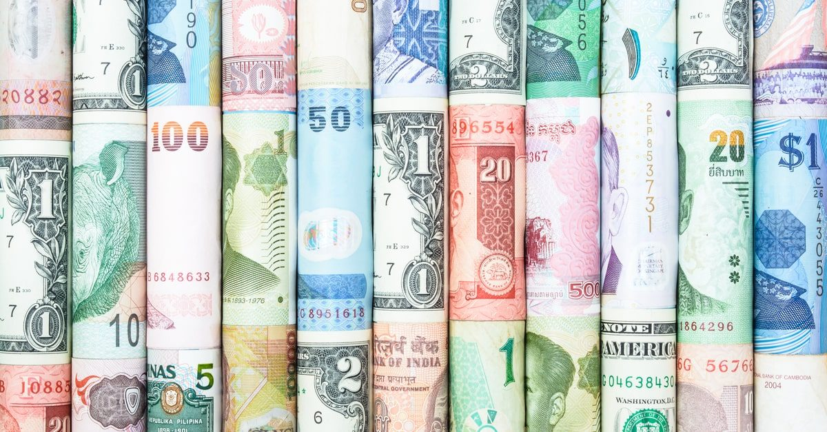 Currency pair - how much to use in trading?